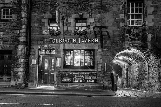 La Tolbooth Tavern en Edimburgo. Auténtico espíritu escocés